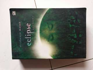 Eclipse Gerhana Novel Stephenie Meyer