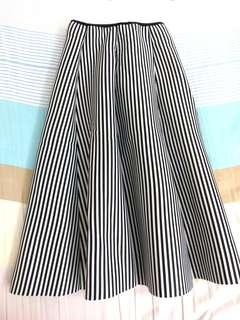 黑白直條紋太空立體棉裙《#女裝半價》
