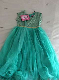 Brand new dress for 3-4 years