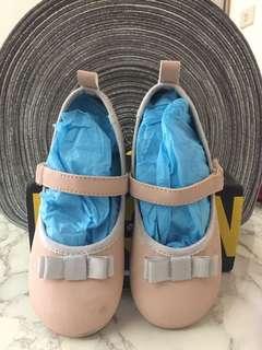 H&M 女童芭蕾舞娃娃膠底鞋