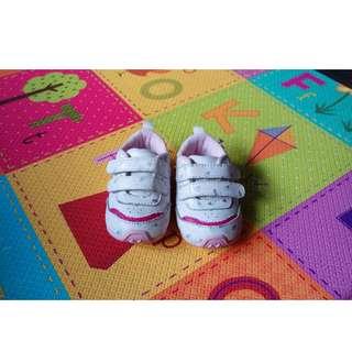 🚚 9成新「Carter's」粉嫩嬰兒學步鞋 #3/#19/#12-12.5