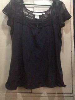 H&M low neck laced blouse