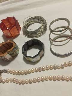 Lot of 7 bangles with fresh water pearl necklace