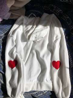 HEART PATCH WHITE OVERSIZED HOODIE