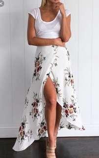 WHOIAM White Floral Wrap Maxi Skirt Size 6