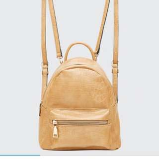 LOUENHIDE Bertie Croc Backpack in Camel