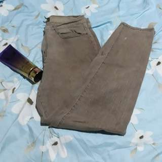 Strechy pants