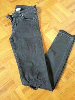 Black Jeans stretchable(Preloved)