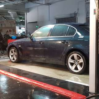 Bmw E60 520i 18inch Rims with Tyres