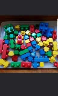 Mega building blocks