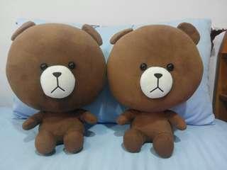 兩隻熊大娃娃一起賣