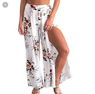 WHOIAM Black Floral Flowy Split Culottes Size 6