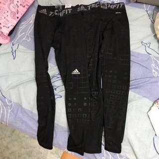 🚚 Adidas 運動褲 s號 *2