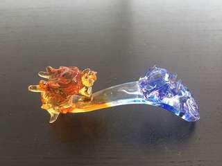 三色琉璃龙头带龙珠