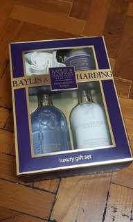 (GIFT idea) Baylis & Harding Luxury Gift Set
