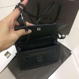 Elegant dinner bag/sling bag