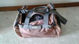 Bags bowling  ( NIKE ) for single ball