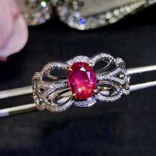 18k 白金 紅寶石鑽石戒指