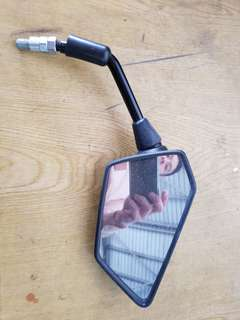 Kawasaki Z250 Side mirror Right