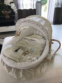 Bumble bee Moses basket (Forever Friends)