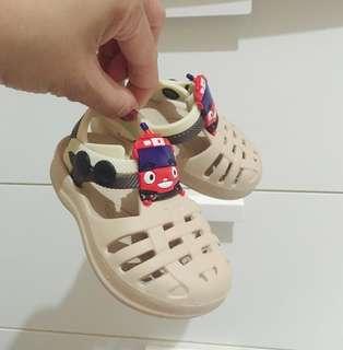 Sandal Rubber Tayo (size 19 ) 6-9m