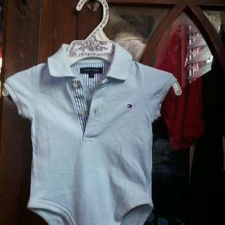 📌Tommy Hilfiger 3-6 mnth