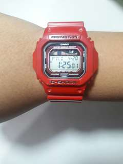 G-SHOCK DIGITAL WATCH RED