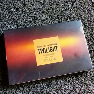 Focallure Twilight Eyeshadow Pallete