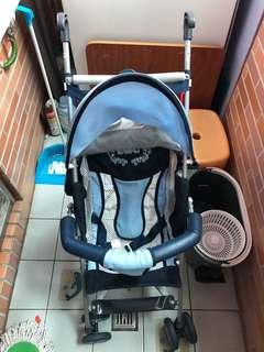 輕便型嬰兒推車