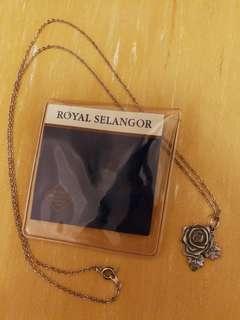 Royal Selabgor Rose Necklace