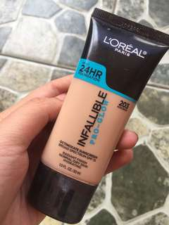 foundation loreal 24h glow
