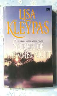 Novel by Lisa Kleypas - Secrets of A Summer Night
