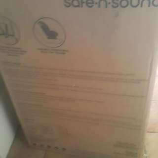 Britax safe n sound maxi guard pro