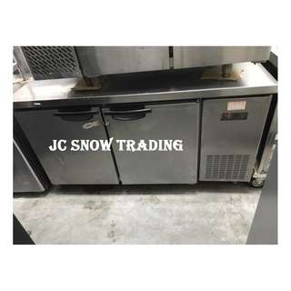 2 door counter chiller 001