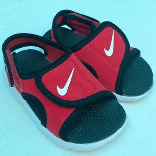 Nike Sunray Adjust 4 Sandals 5C