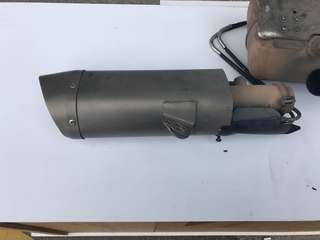 Used OEM original exhaust muffler end can for 2008 Yamaha R6