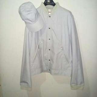 Sport Jacket + topi PRADA ori Made in Italy size M. Jarang Pakai