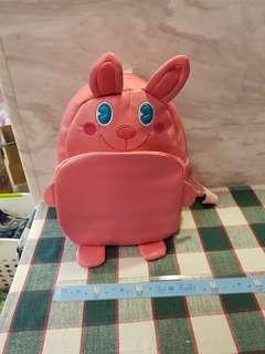 🚚 粉紅小背包