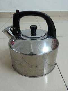 Whistling Stainless Steel Kettle 4L
