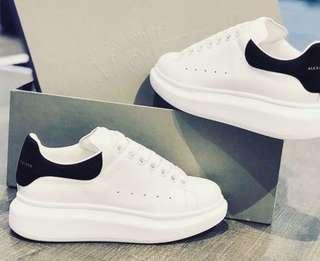 Alexander McQueen sneakers (Black)