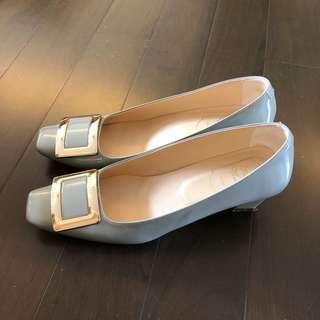 RV light gray shoes (Size 40)