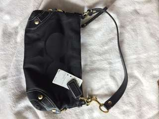 Sale! 🎉 Pre-loved authentic Coach black small carly