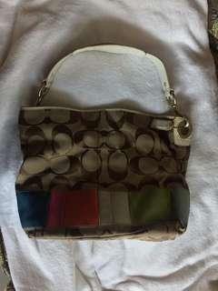 Sale! 🎉 Free SF! Pre-loved authentic Coach medium bucket bag