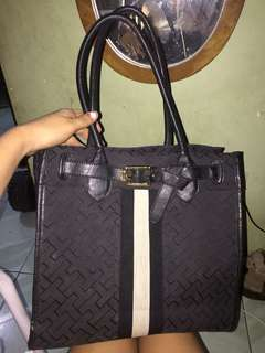 Tommy Hilfiger Bag (Repriced) Rush!