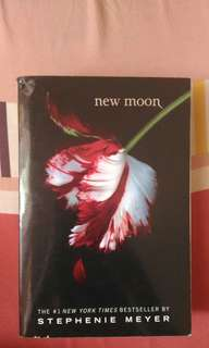 NEW MOON (twilight series)