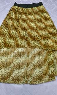 Never used leopard print uneven mid skirt (exit brand) from USA