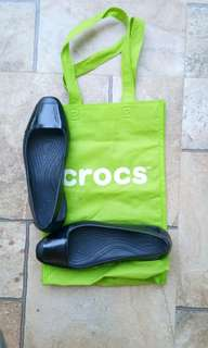 Comfy Black Crocs for Sale!