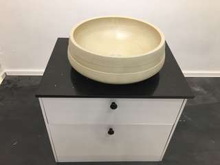 Basin cabinet with cabinet top/ not inc basin