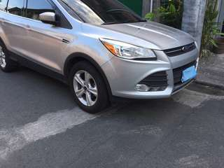 FORD ESCAPE For sale, with full tank gas