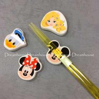 東京迪士尼 米奇 米妮 唐老鴨 樂佩 陶瓷 大頭 筷子架